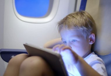 Helping Your Child Overcome a Fear of Flying